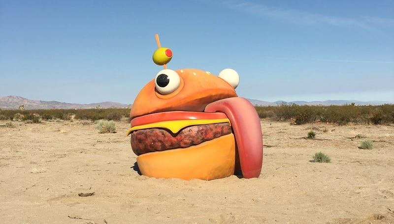Illustration for article titled Fortnite Burger Disappears From Map, Reappears In Real-Life Desert