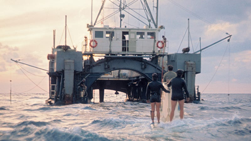 history of ocean explorations Oceanography includes the study of the ocean's physical, biological, chemical,  and geological characteristics  history of ocean exploration hms challenger.