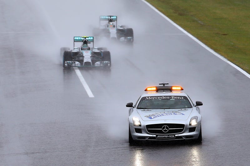 Illustration for article titled Formula One At Suzuka Gets Red Flagged For Rain After 3 Laps