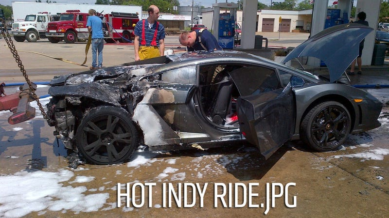 Illustration for article titled This 2013 Lamborghini Gallardo Exploded At A Gas Station