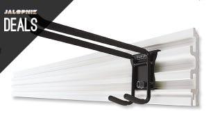 Illustration for article titled Deals: Cheap Trackwall Rails, Gigantic Socket Set, Simple Toolbox