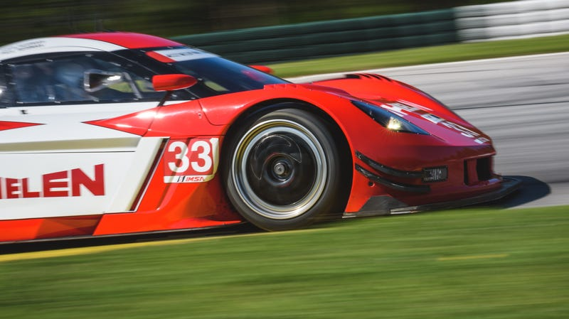 Illustration for article titled Watch This Corvette Daytona Prototype Pass Everything On Track