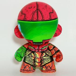 Illustration for article titled Armored Samus Custom Figure