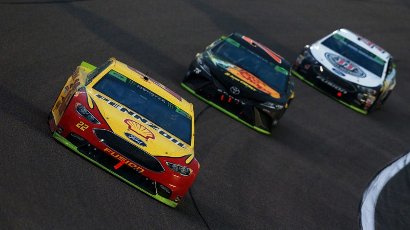 Illustration for article titled Joey Logano Defeats Season's Dominant Drivers to Win First NASCAR Cup Series Championship