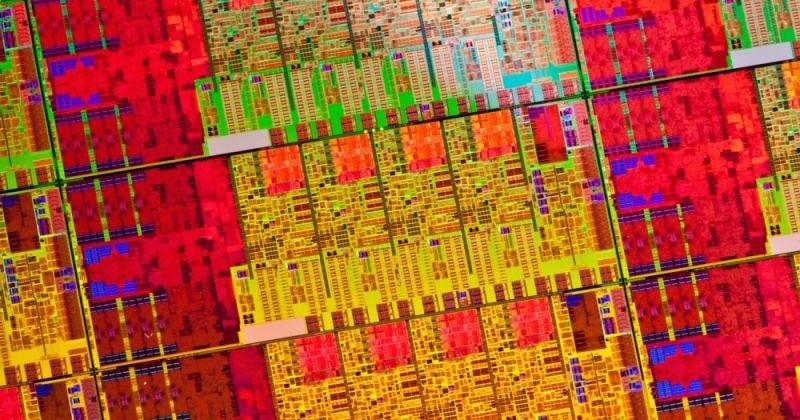 Illustration for article titled La ley de Moore resiste: Intel anuncia que fabricará procesadores de 7 nanómetros