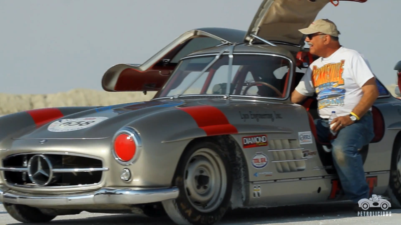 Illustration for article titled Would You Race An Original Mercedes Gullwing On The Salt Flats?