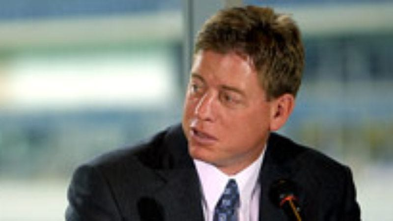Illustration for article titled Troy Aikman Promises Fair, Unbiased Commentary On Cowboys' Run To Super Bowl Championship
