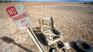 Illustration for article titled The Salton Sea Is Like Mad Max With Beachfront Views