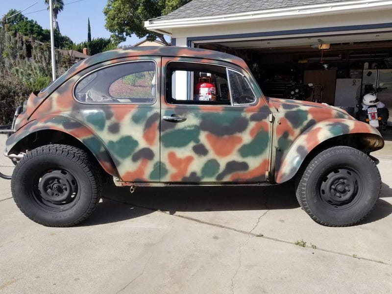 Illustration for article titled At $2,400, Would You Make a Run For The Border in This 1968 VW Baja Bug?
