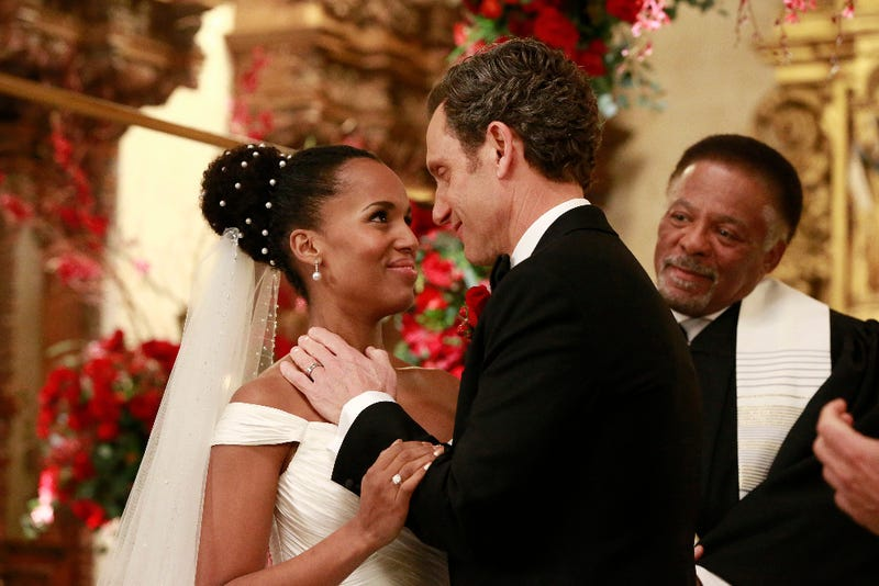 In an alternative universe, Olivia (Kerry Washington) and Fitz (Tony Goldwyn) tie the knot. (Mitch Haaseth/ABC)