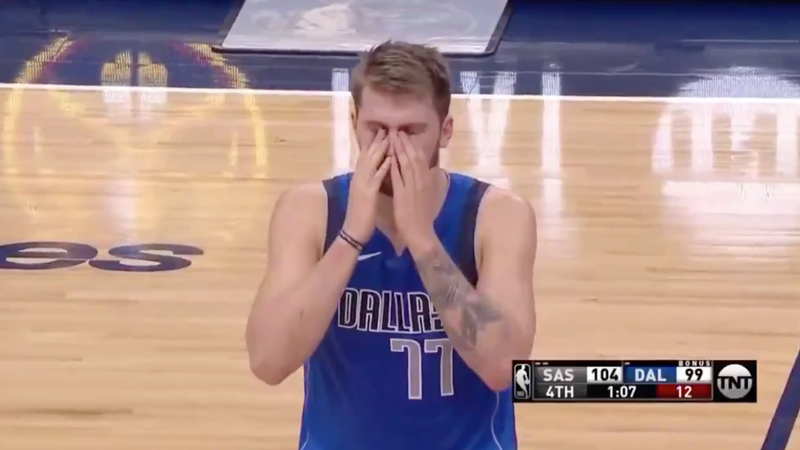 Illustration for article titled Luka Dončić Suffers Through What Must Surely Be The Worst Game Of His Career