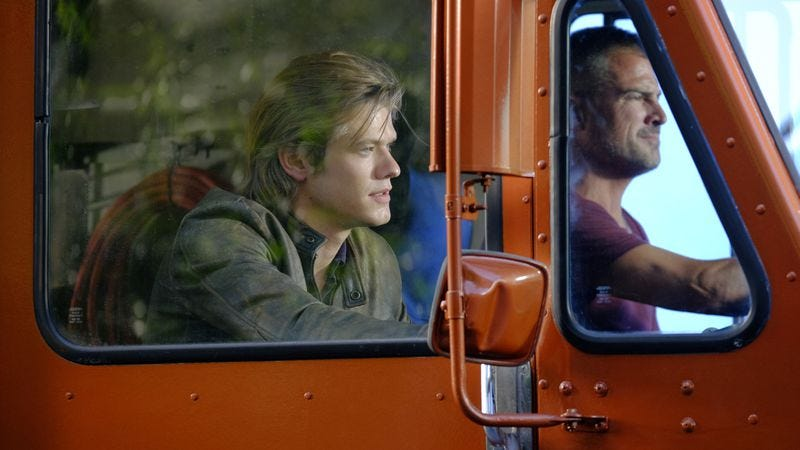 Lucas Till, George Eads in MacGyver (Photo: CBS)