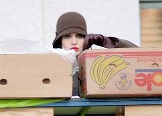 Illustration for article titled Depression-Era Angelina Jolie: On The Dole