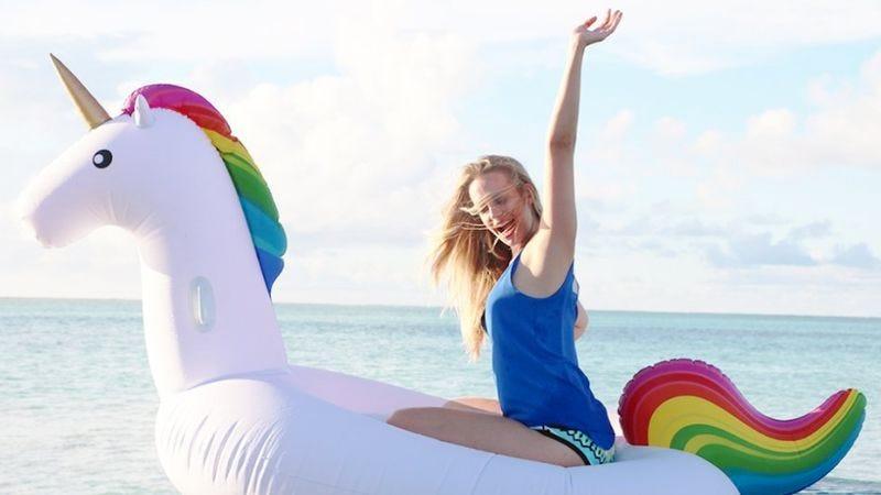 """""""Woo! I'm on a giant floating unicorn!"""" (Photo: Amazon)"""