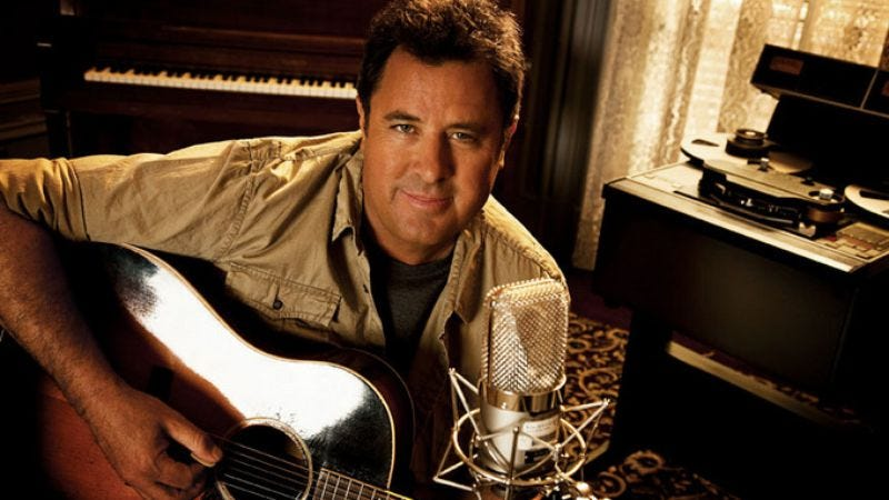 Illustration for article titled Here's country star Vince Gill calling some Westboro Church protestors big dipshits