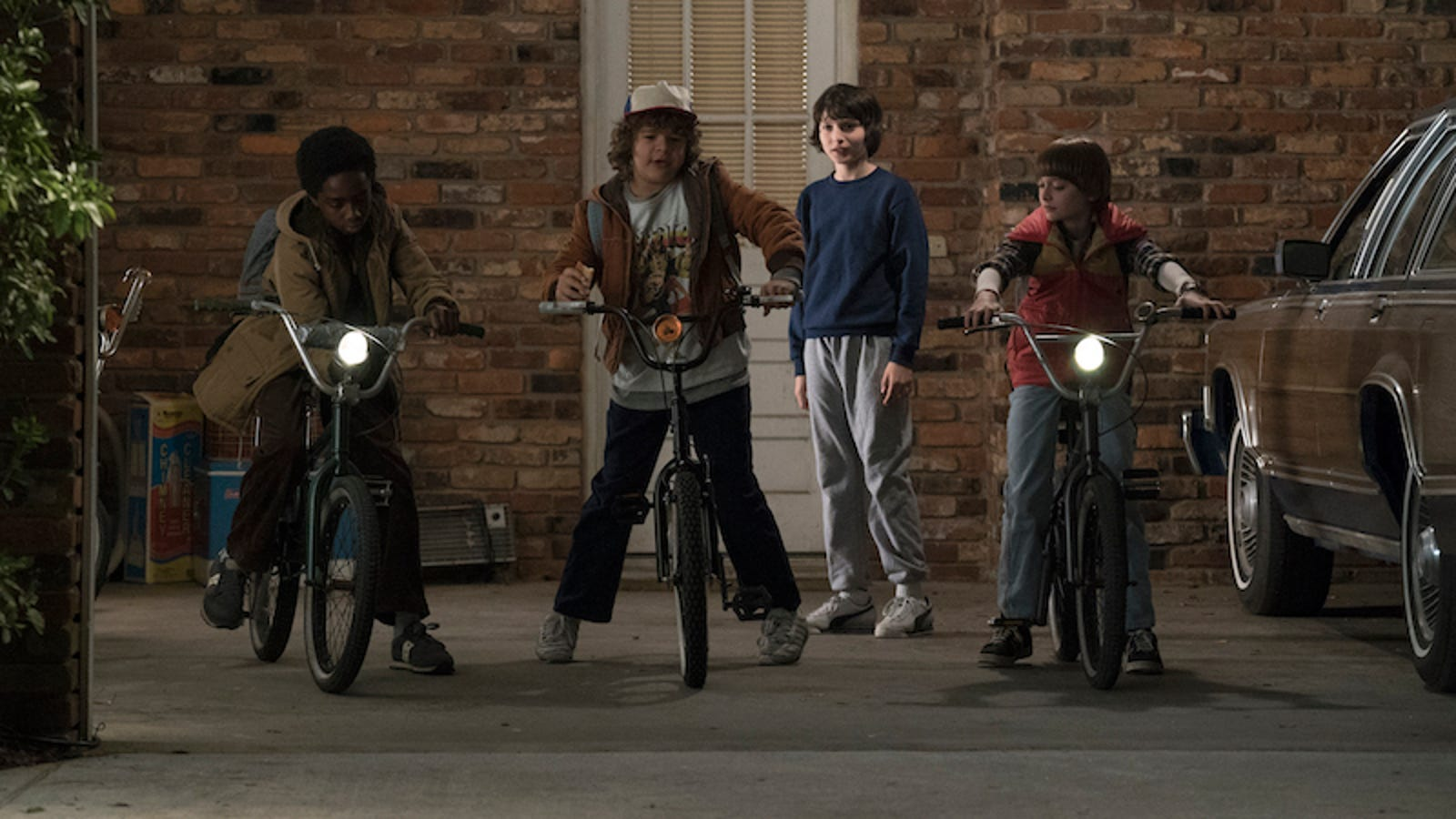 Netflix Finally Renews Stranger Things, and Here's the First Teaser for Season Two