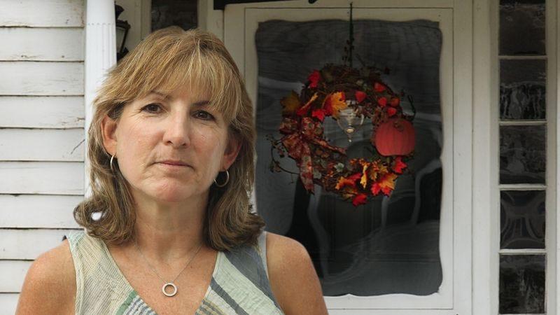 Illustration for article titled Mother Feels Violent Desire To Make Front Doorway Reflect Current Season