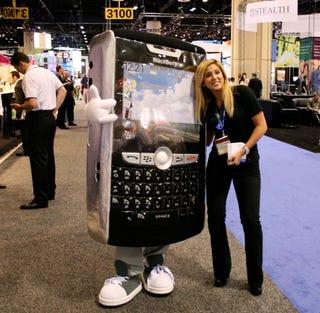 Illustration for article titled CTIA 2007: BlackBerry Babe