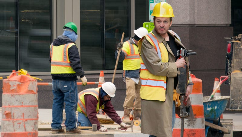 Illustration for article titled Unhinged Man With Jackhammer Slips Into Construction Site Undetected