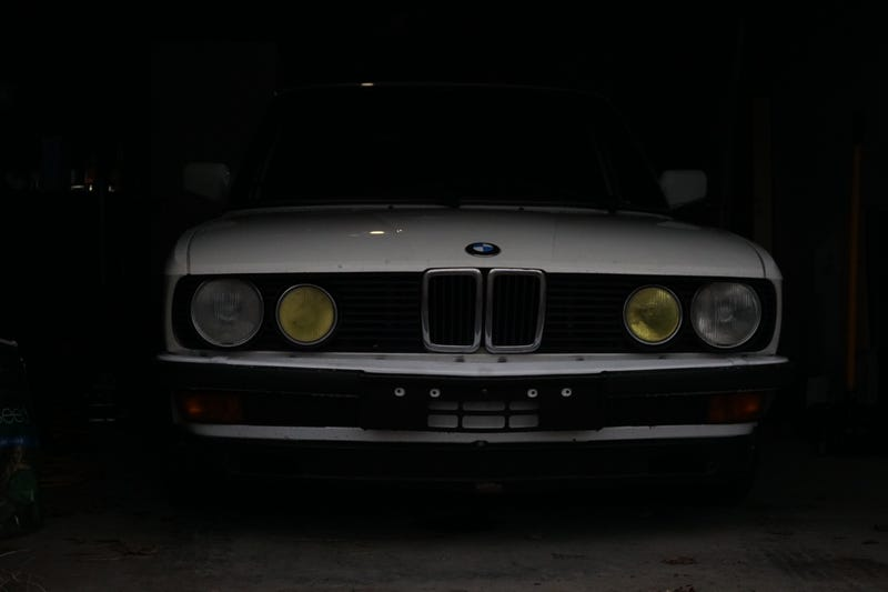 Illustration for article titled My E28 is now protected from the elements