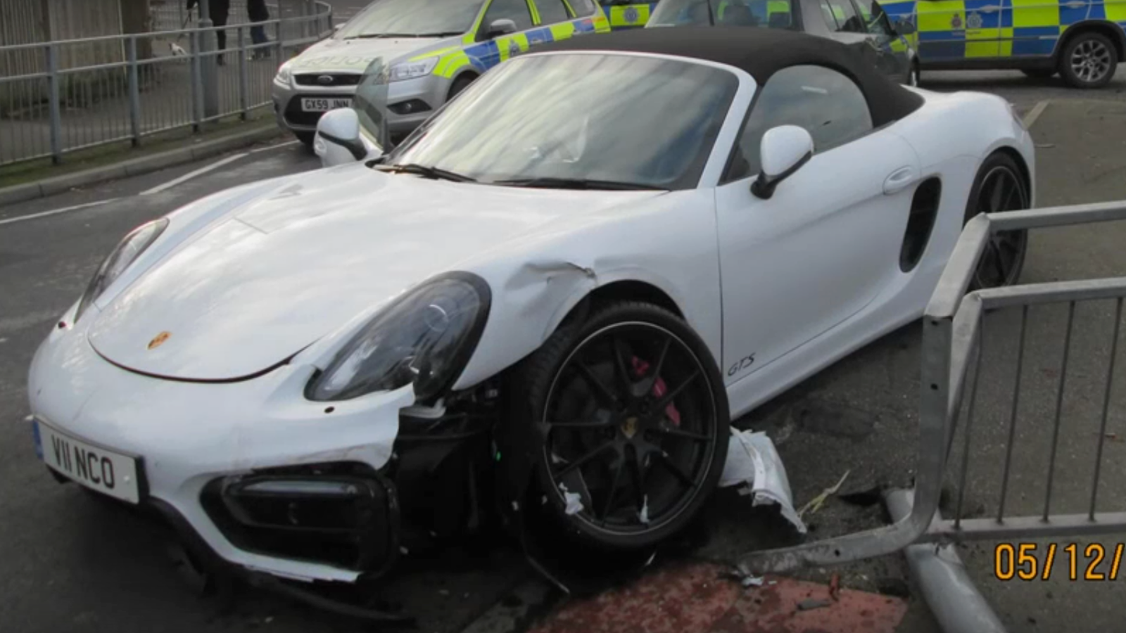 if you 39 re leading a police chase through the twisties why not steal a boxster gts. Black Bedroom Furniture Sets. Home Design Ideas