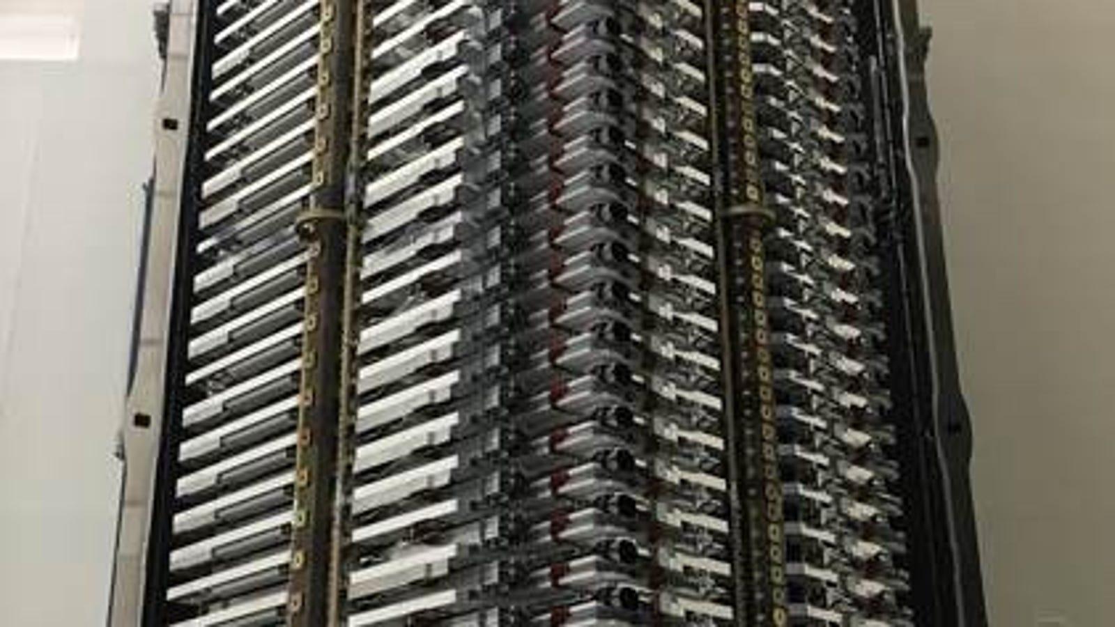 Aquí hay 60 satélites de Starlink, el internet espacial que quiere construir Elon Musk