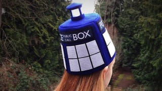 Illustration for article titled I have a light-up TARDIS fez now, light-up TARDIS fezzes are cool