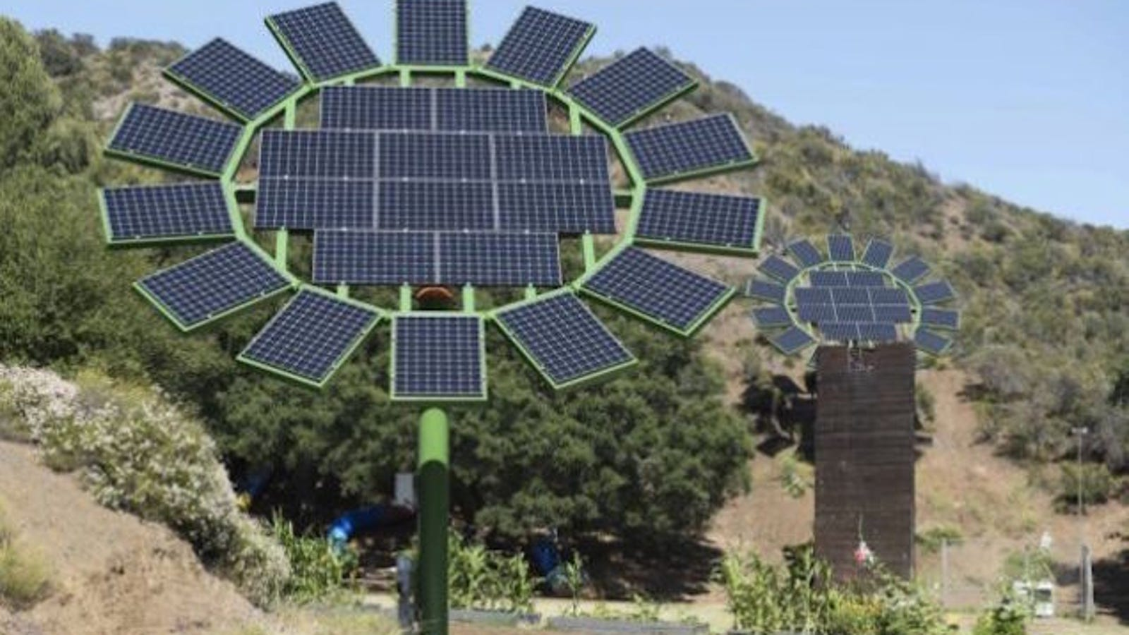El plan de James Cameron para reinventar los paneles solares