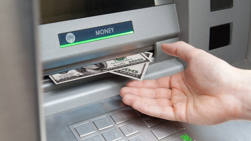 The Checking Accounts That Let You Avoid Foreign Atm Fees