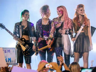 Illustration for article titled First Jem and the Holograms Photos Are a Bit Too Somber-Looking