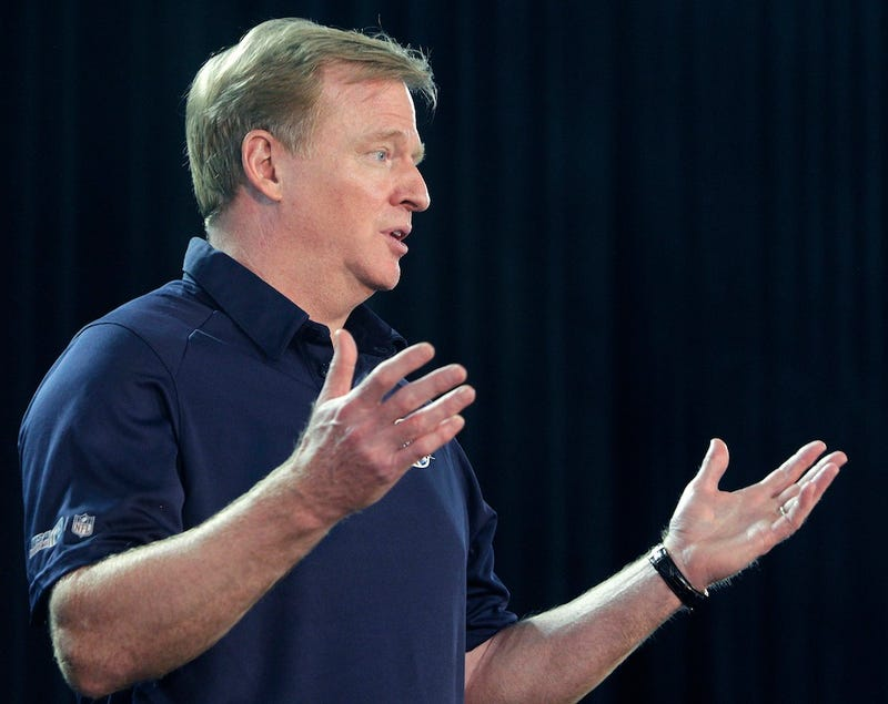 Illustration for article titled HGH Testing Isn't Happening Because No One Trusts Roger Goodell