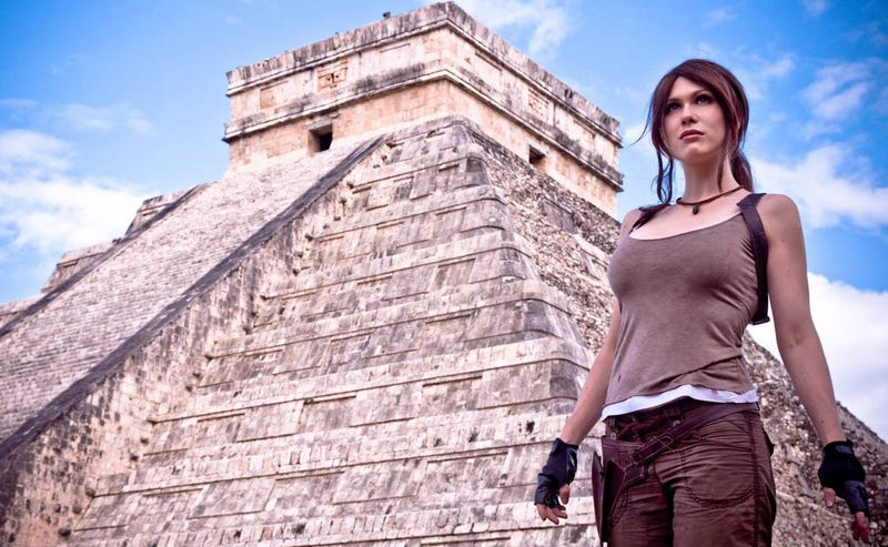 Illustration for article titled Tomb Raider Cosplay At Actual Mayan Temple
