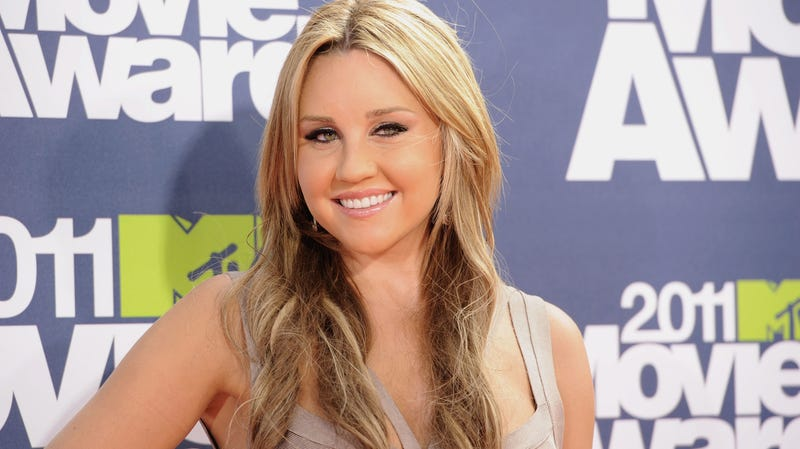 Amanda Bynes Graduates From College Amidst Lawsuit With Former Rehab Center