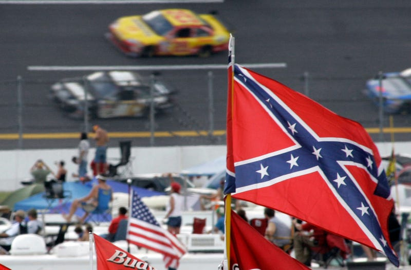 Illustration for article titled NASCAR Asks Fans To Please Stop Flying The Confederate Flag