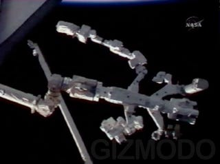 Illustration for article titled First Pictures of Completed Dextre Giant Space Robot