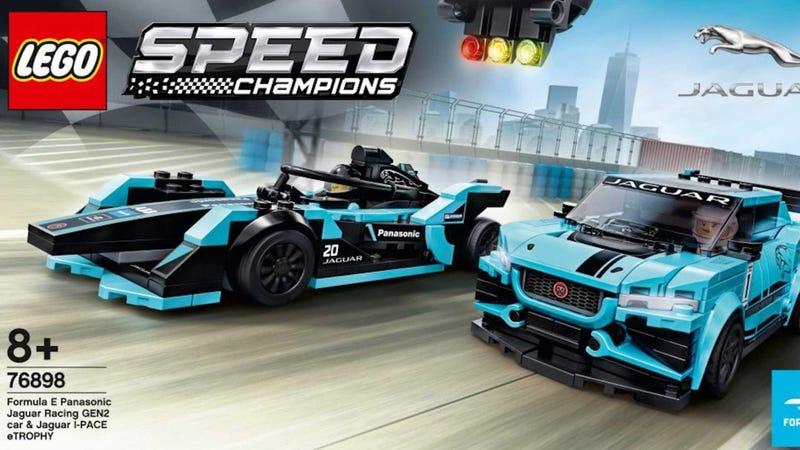 Illustration for an article entitled You Can Now Get A Lego Jaguar I-Pace eTROPHY And Formula E Set
