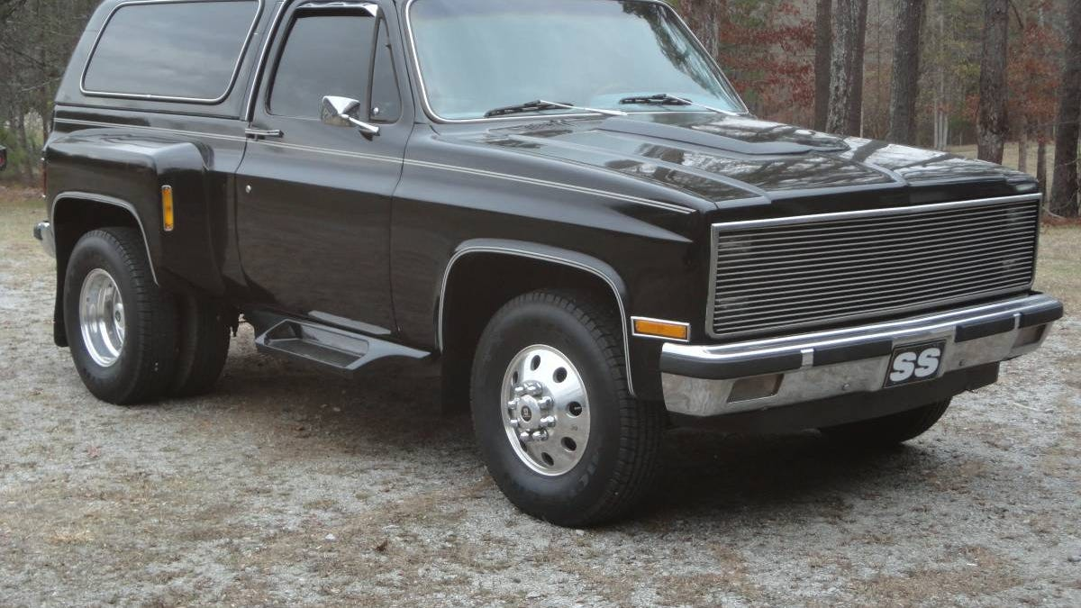 For 15500 Could This 1982 Chevy Blazer Dually Be Your New Car Favorite Little Tow