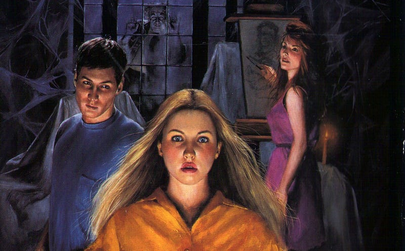 Illustration for article titled The 8 Weirdest Things That Happened In V.C. Andrews Books