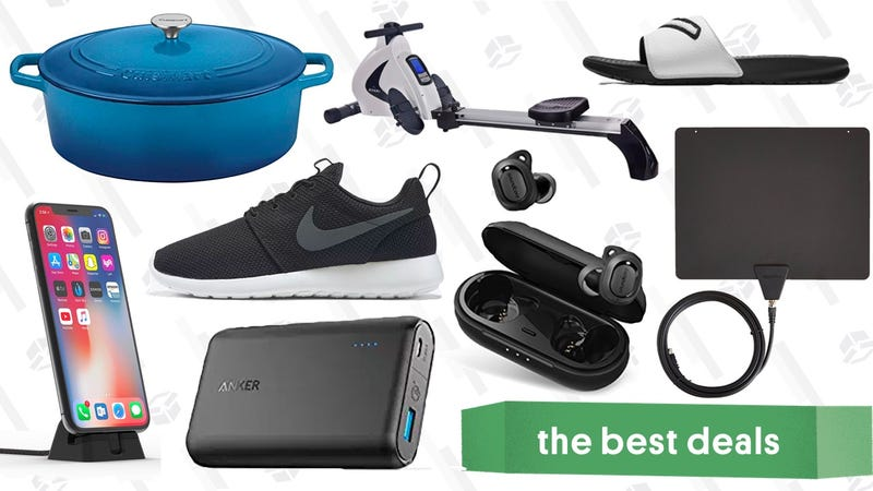 Illustration for article titled Monday's Best Deals: Wireless Earbuds, Nike Sale, Battery Packs, and More