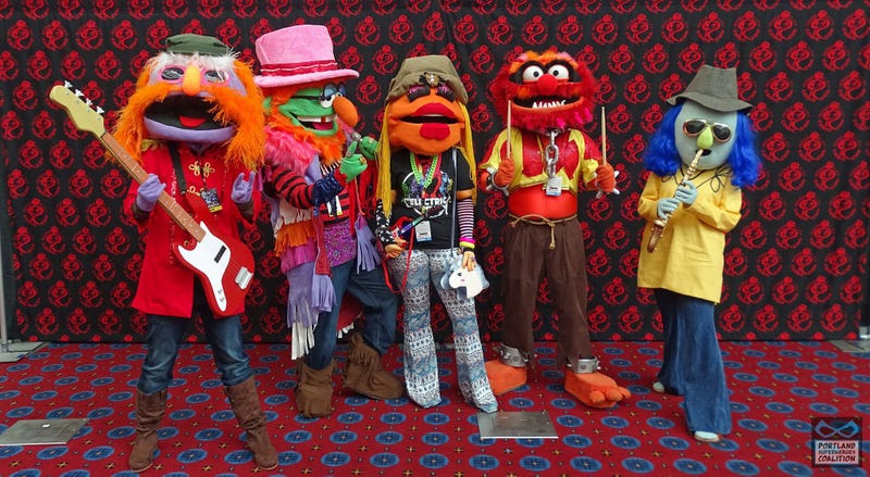 Illustration for article titled ALERT: VERY GOOD MUPPETS COSPLAY