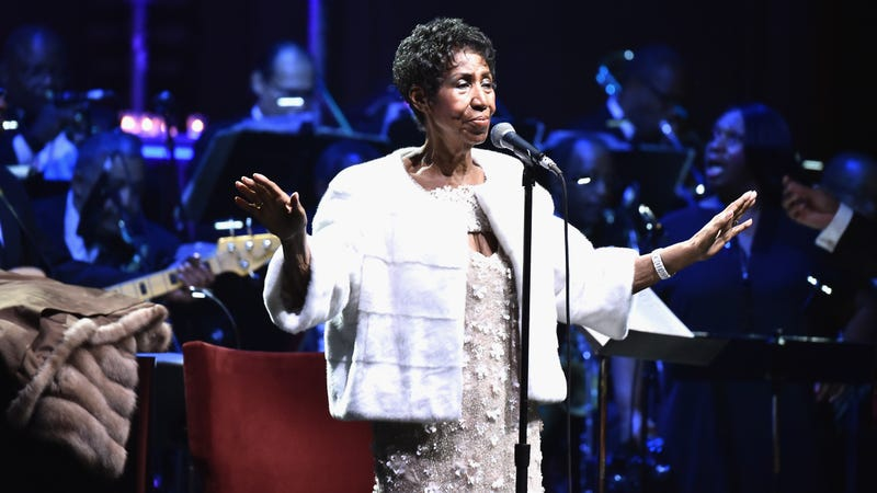 Aretha Franklin performs onstage at the Elton John AIDS Foundation Commemorates Its 25th Year on November 7, 2017 in New York City.