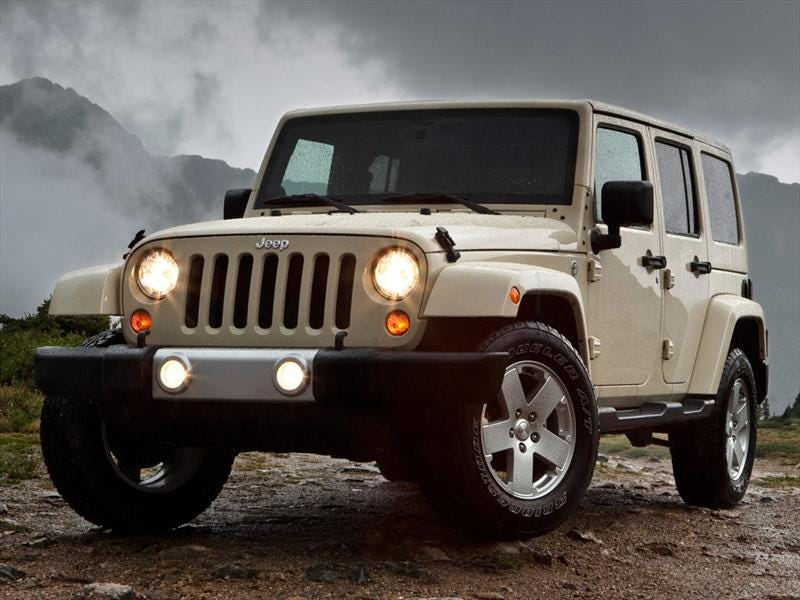 It was genuinely difficult to find a half-decent photo of a stock Wrangler Unlimited.