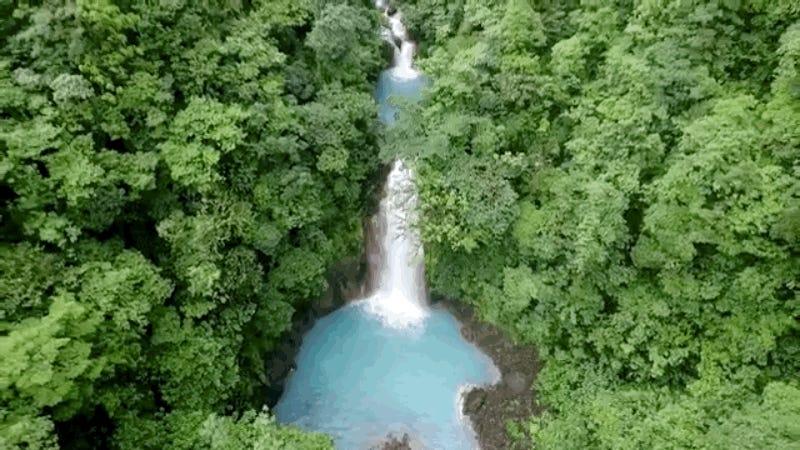 Cómo resolvieron el misterio del color azul del río Celeste de Costa Rica, la gran ilusión óptica