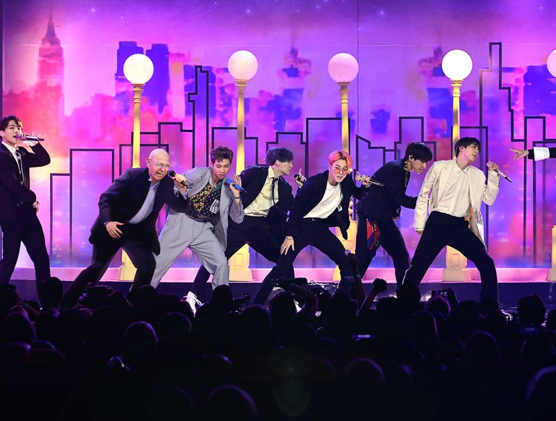Illustration for article titled Korean Pop Group BTS Shakes Up Lineup By Adding Really Old Guy