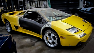 Illustration for article titled This Project Lamborghini Diablo Is The Rarest Fixer-Upper You Can Buy