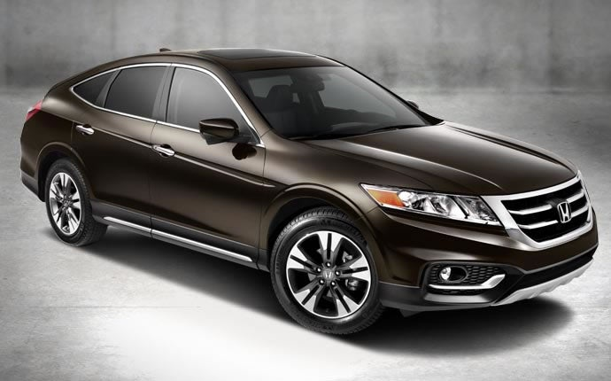 the honda crosstour is the best wagon you can afford rh jalopnik com Used Honda Crosstour 2013 2015 honda crosstour manual
