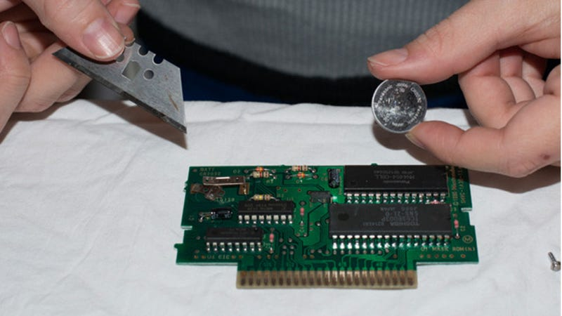 Illustration for article titled Your SNES Carts Might Be In Trouble. This is How You Can Save Them.