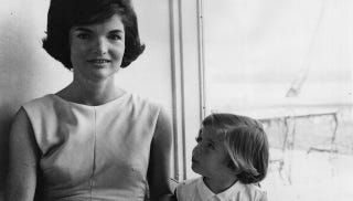 Illustration for article titled Jackie Kennedy's Power Woman Complex