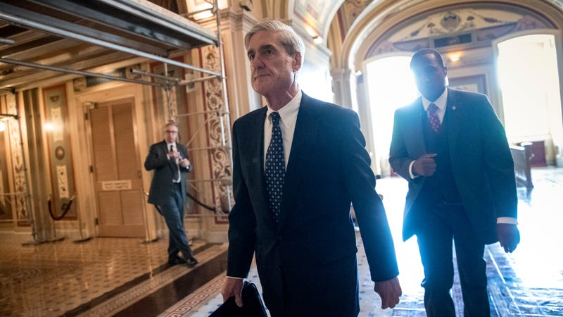 Special Counsel Robert Mueller departs after a closed-door meeting with members of the Senate Judiciary Committee about Russian meddling in the election at the Capitol in Washington. (Photo: AP)