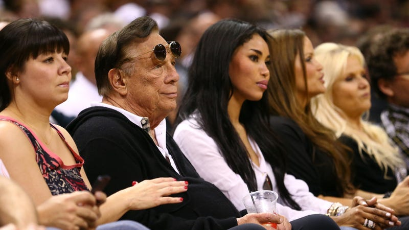 Illustration for article titled Shocker: Racist LA Clippers Owner Donald Sterling Is Also Sexist